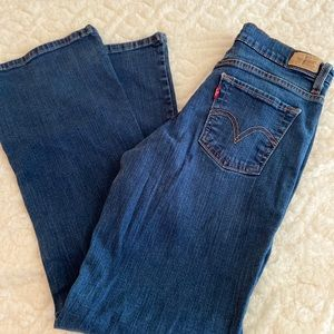 Levi's Slimming Jeans